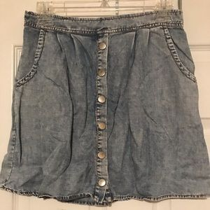 Washed jean skirt